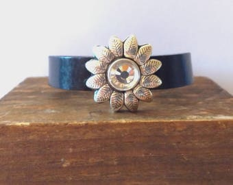 Bracelet flower and leather
