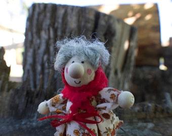 Kitchen Witch / Strega Tre - Kitchen Witch doll