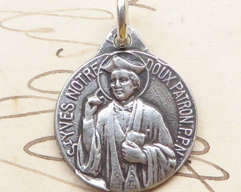 Small St Yves - Patron of lawyers, attorneys - Antique Reproduction