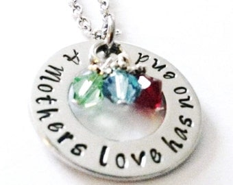 A Mothers Love Has No End Necklace, Mom Jewelry, Mom Necklace, Mother Necklace, Gift for Mom, Birthstone Necklace, Hand stamped Necklace