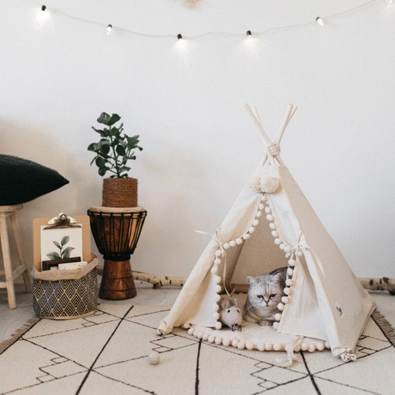 Cat bed with a matching pompom pad dog bed pet teepee pet for Diy cat teepee
