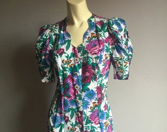 S puffy shoulders button up All That Jazz botanical floral print colorful womens scallop hem fitted princess seam mini short dress 5 6 indie