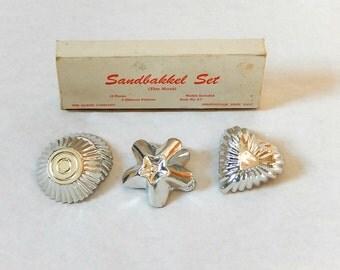 Vintage Sandbakkel Tin Set Heart Star Round Fluted Tiny Tins in Original Box and Recipes 4 Making Tarts Tassies Sugar Cookies Like Grandma