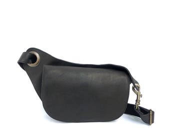 Fanny pack in Black Soft leather. Elegant & Unique. Black Leather Bum Bag. Perfect for Traveling and for the city.