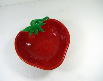 Vintage STRAWBERRY CANDY DISH Red Berry Bowl Strawberries