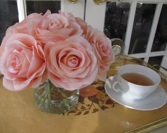 Beautiful silk rose arrangement centerpiece- peach roses in glass vase with faux water.Wedding,Baby shower,Birthday table decor