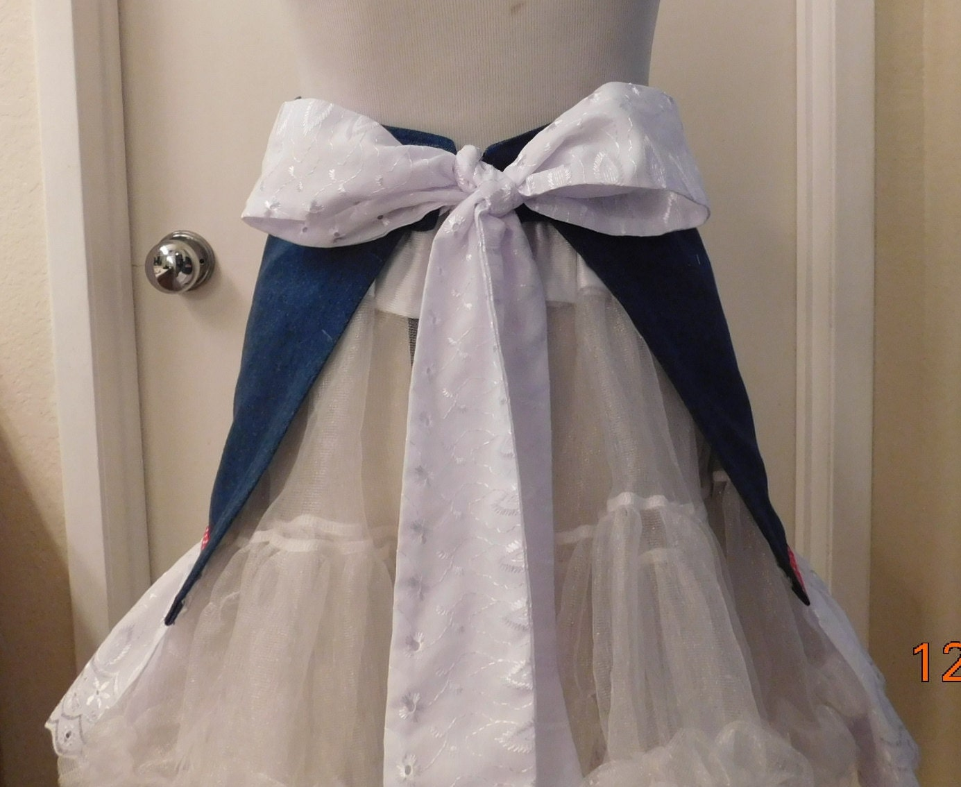 White apron lace trim - Gallery Photo Gallery Photo Gallery Photo Gallery Photo