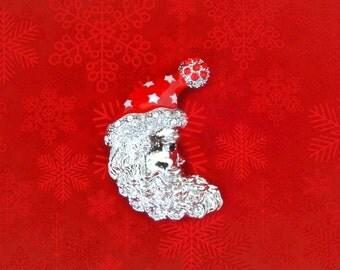 50% Sale Santa Pin..Santa Face Pin..Santa Hat Pin..Santa Claus Pin..Santa Claus Brooch..Vintage Christmas Pin Christmas Brooch Gifts Under 5