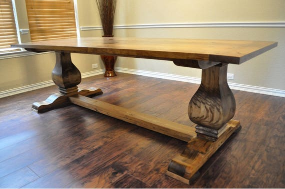 Restoration Hardware Farmhouse Table / Pedestal Table