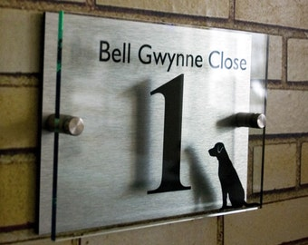 Modern House Number Plaque  - With Labrador image