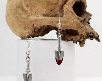 Bloody Trowel Earring Jewelry Earring Spade Gothic Horror Halloween Rock'n'Roll Weapon Zombie Apocalypse