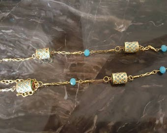 Hand made jewelries