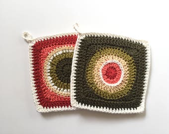 Set off 2 • Coral and Olive Green Handmade Crochet Potholders