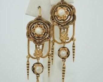 Victorian French Dangle Earrings in 18k Gold and Enamel
