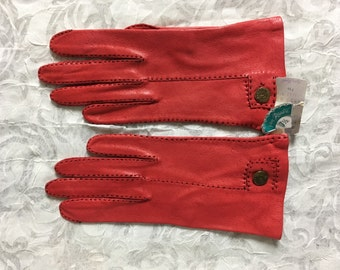 CLASSIC RED vintage size 7 1/2  kid soft leather gloves 1950's 50s New Old Stock
