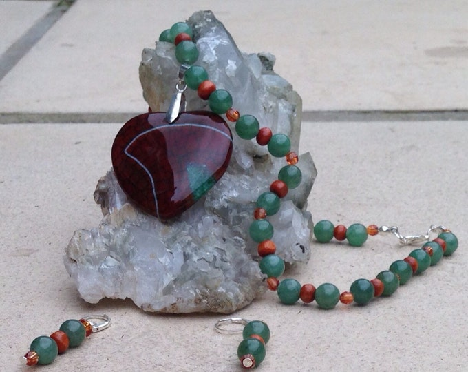 Jasper pendant on an orange and green beaded necklace, beaded agate necklace with jasper pendant, orange ans brown jasper, green agate beads