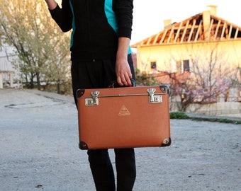 Vintage suitcase - Brown suitcase - Old suitcase - Vintage travel suitcase - Old luggage suitcase - Old suitcase - Vintage luggage box