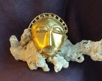Gold vintage face mask brooch - pendant