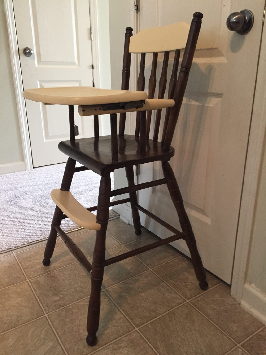 Painted wood high chair -  Zoom