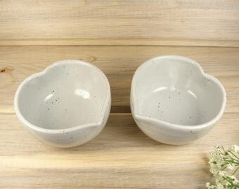 Small Pottery Bowls Set of 2, Serving Bowls, Dipping Bowls, Ring dishes, Jewelry dishes, Heart bowls, Pottery Gift.