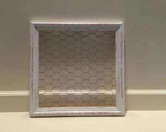 Chicken Wire Frame - distressed white
