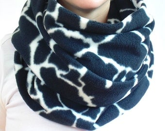 Oversized Infinity Scarf, Black and White Scarf, Animal Print, Giraffe Print, Circle Scarf, Womens Scarf, Warm Winter Scarf, Fleece Scarf