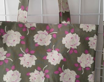 Pink Roses on Grey Market Tote Bag