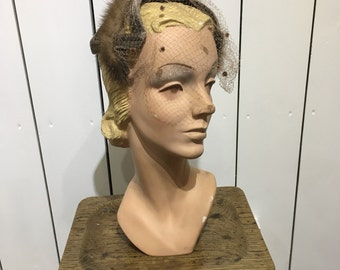 Original 1950's mink & velvet headpiece - Darling little headpiece with mink trim and polka dot veil.
