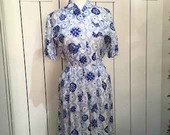 Original 1940's moygoshal linen dress - Beautiful print and lovely shaped pockets