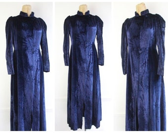 Vintage 1930's Ink Blue Silk Velvet Evening Coat thirties art deco opera coat blue evening wear ball gown