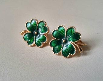 Vintage Avon green enamel Shamrock earrings , 4 leaf clover , St. Patricks day , Irish , good luck