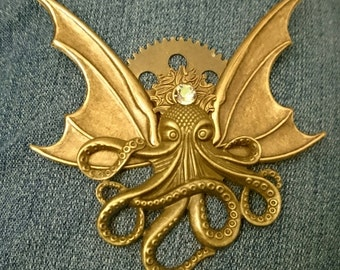 Octopunx Brass Color Steampunk Brooch Cthulu Bat-wing Flying Octopus Creature