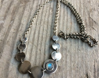 Silver disc necklace with labradorite