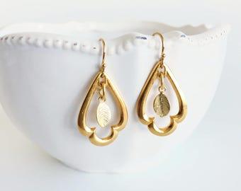 Simple Gold Frame Earrings, Small Gold Leaf Dangle Earrings, Minimalist Everyday Earrings