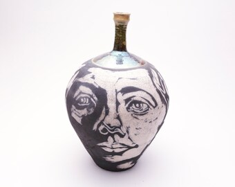 Louie The Vase
