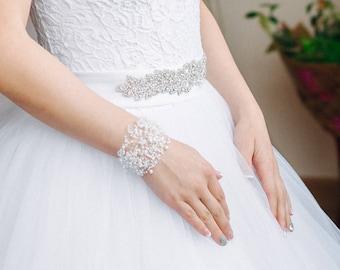 Air bracelet Bead Bracelet Crochet Beaded Wedding bracelet Jewelry handmade beaded crochet beads Gift for her charm Cuff Trending Wife wrap