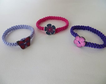 Bracelet combining cotton net and button in fimo