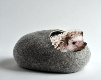 Hedgehog bed/small animal cave/felted pet house/small pet bed/small pet furniture/nap pouch/hamster house/ eco-friendly