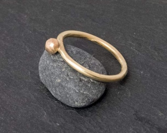 Gold ring, ring, yellow gold, 8 CT, with Nugget