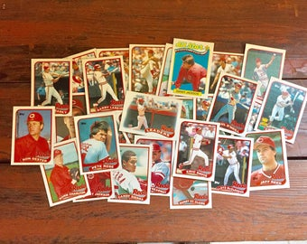 Complete Cincinnati Reds 1989 Topps Team Set/ 29 Total MLB Baseball Cards/ Near Mint Condition!!!