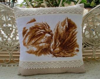 Pillowcase cat red getiegert