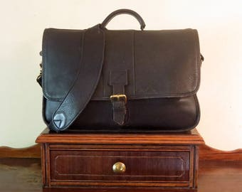 Ellington Original Rucksack Co. Double Gusset Briefcase In Black Leather With Carrying Strap And Organizational Panel-VGC