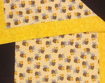 Bumble Bee Receiving Blanket