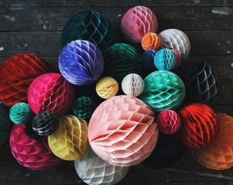 Honeycomb ball, tissue paper ball, paper honeycomb, tissue honeycomb, party honeycomb, round honeycomb, wedding paper ball, paper party ball
