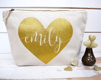 Personalised Heart & Name Make Up Bag - Unique Wedding Gift for Bridal Party, Bridesmaid Gift - Birthday, Christmas, Valentine's Day Present