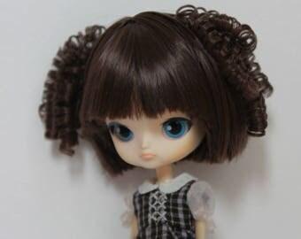 Little (mini) Dal doll WIG.