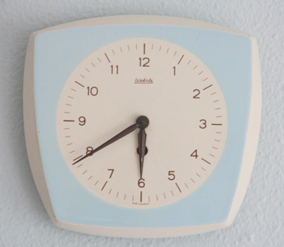 Vintage Art Deco Ceramic Wall Clock, Working with Wind-up Key, Mid-Century, Wehrle, Made in Germany