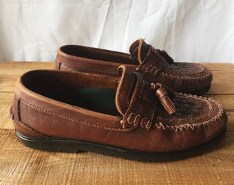 Mens Vintage Genuine Leather Loafer - Hush Puppies Boat Shoe Loafers - Dark Brown Woven Details - Rubber Sole