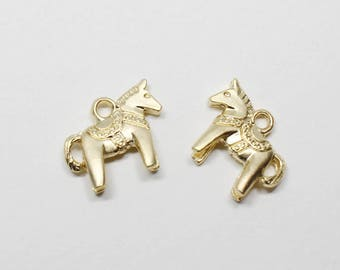 P0637/Anti-Tarnished Matte Gold Plating Over Pewter /Hobbyhorse Pendant/14x12mm/4pcs