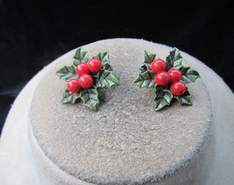 Vintage Christmas Holly Berry Clip Earrings